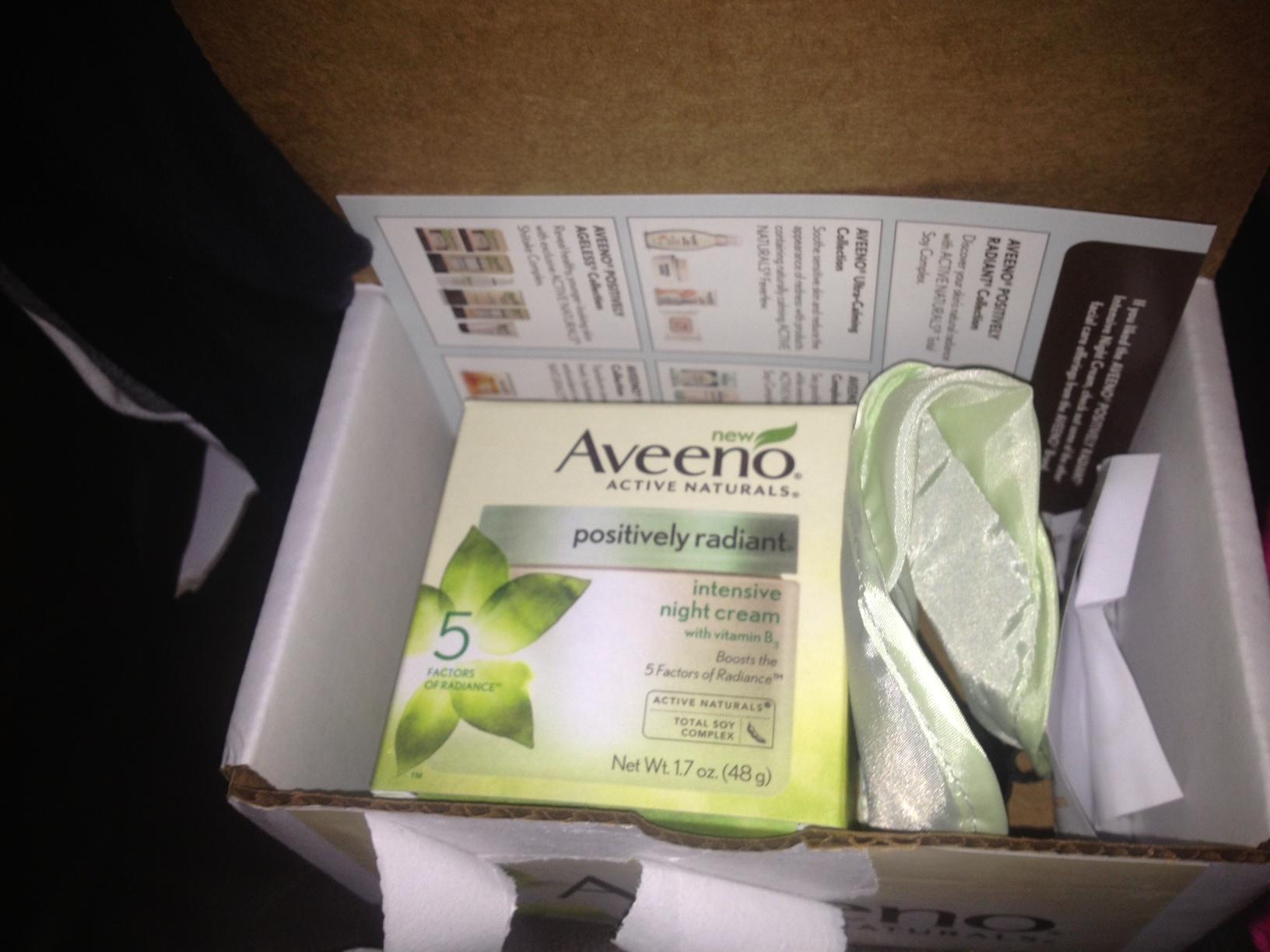 AVEENO POSITIVELY RADIANT® Intensive Night Cream