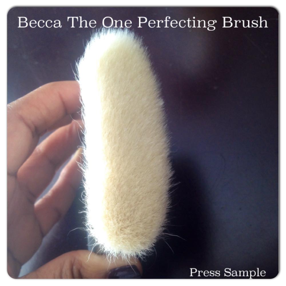 Becca The One Perfecting Brush (3)